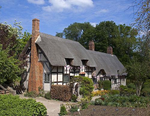 Cottage where Anne Hathaway was born in Stratford-upon-Avon