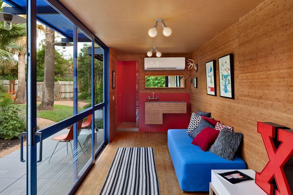 Bold colors in interior design