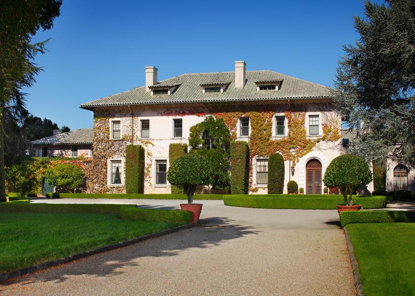 Estate in Hillsborough, CA