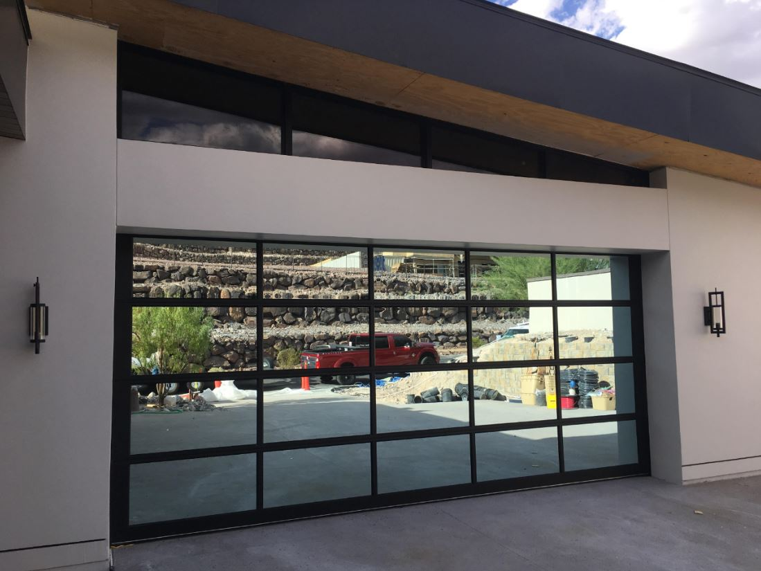 """One of the """"show"""" garage doors on TNAH 2019"""