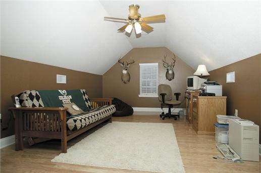 Bonus room offers additional space.