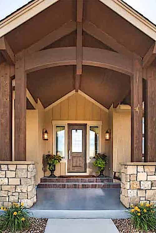 Entrance to Ranch tyle home constructed in timber-frame style