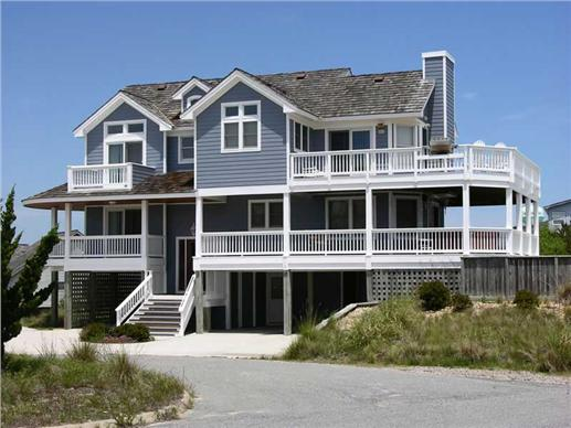 Beachfront home with two master suites and a pier foundation - pile foundation
