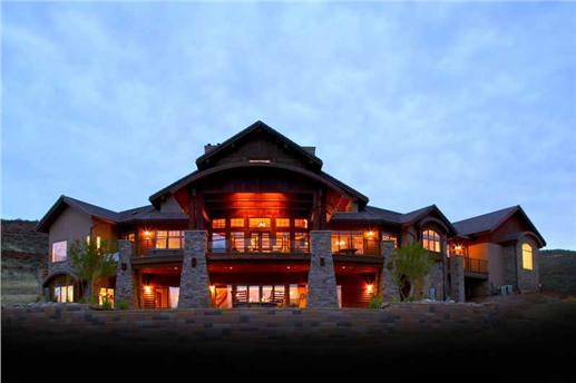 Luxury house plan 161-1017