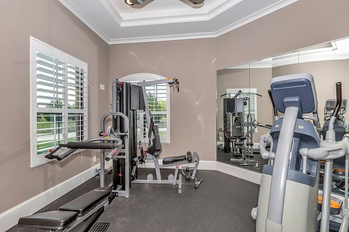 Well-equipped home gym in plan #195-1173