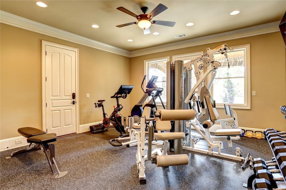 Complete gym setup in spare bedroom