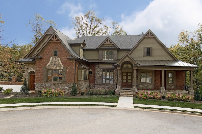 5-bedroom Traditional style home plan#198-1076