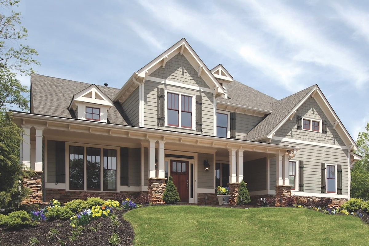 4-bedroom, 3-bath country home plan #198-1083