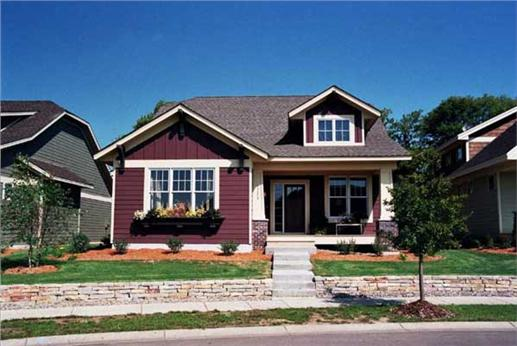 California bungalow style house plan. Perfect for a narrow lot.