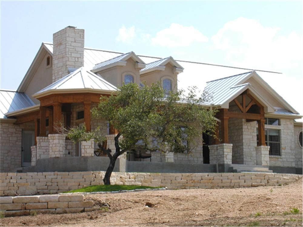 Rustic home builders texas hill country joy studio for Hill country stone