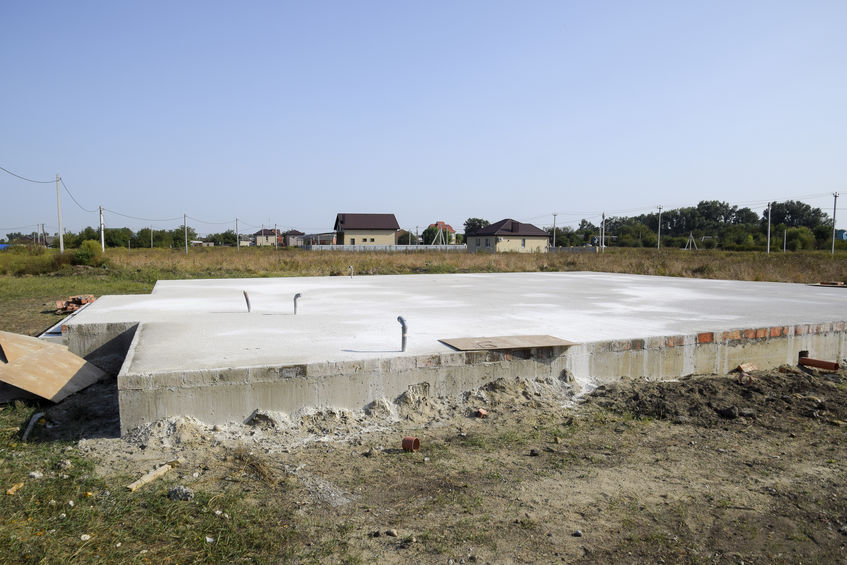 Concrete slab that will form the foundation for the house that will be built on it
