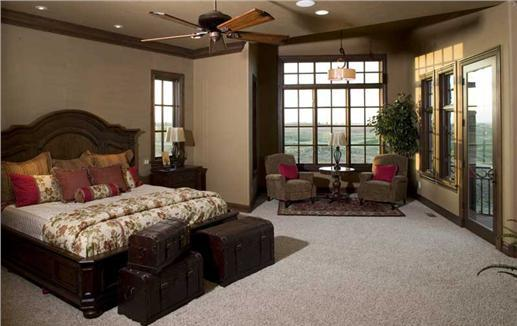 Warm colors and perfect positioning make this bedroom in harmony with Feng Shui ideas