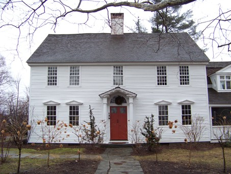 Colonial Style Homes Exude Tradition Warmth And The Patriotic on Ranch Style House Floor Plans