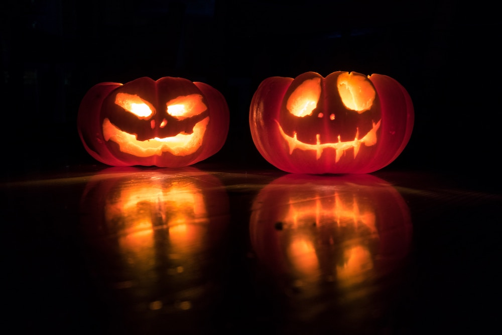 Jack-o-lanterns for Halloween decorating