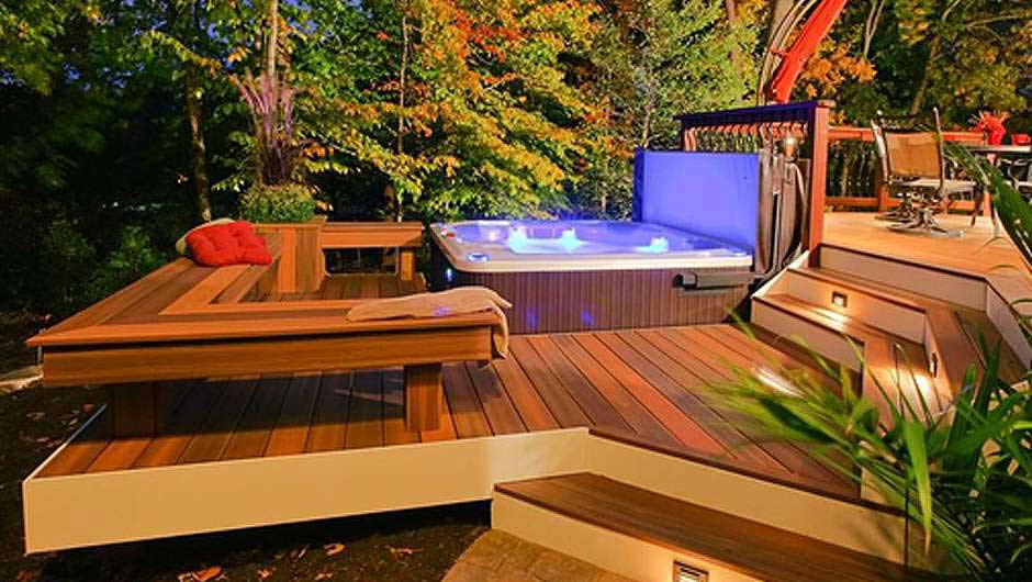 Multilevel deck with hot tub