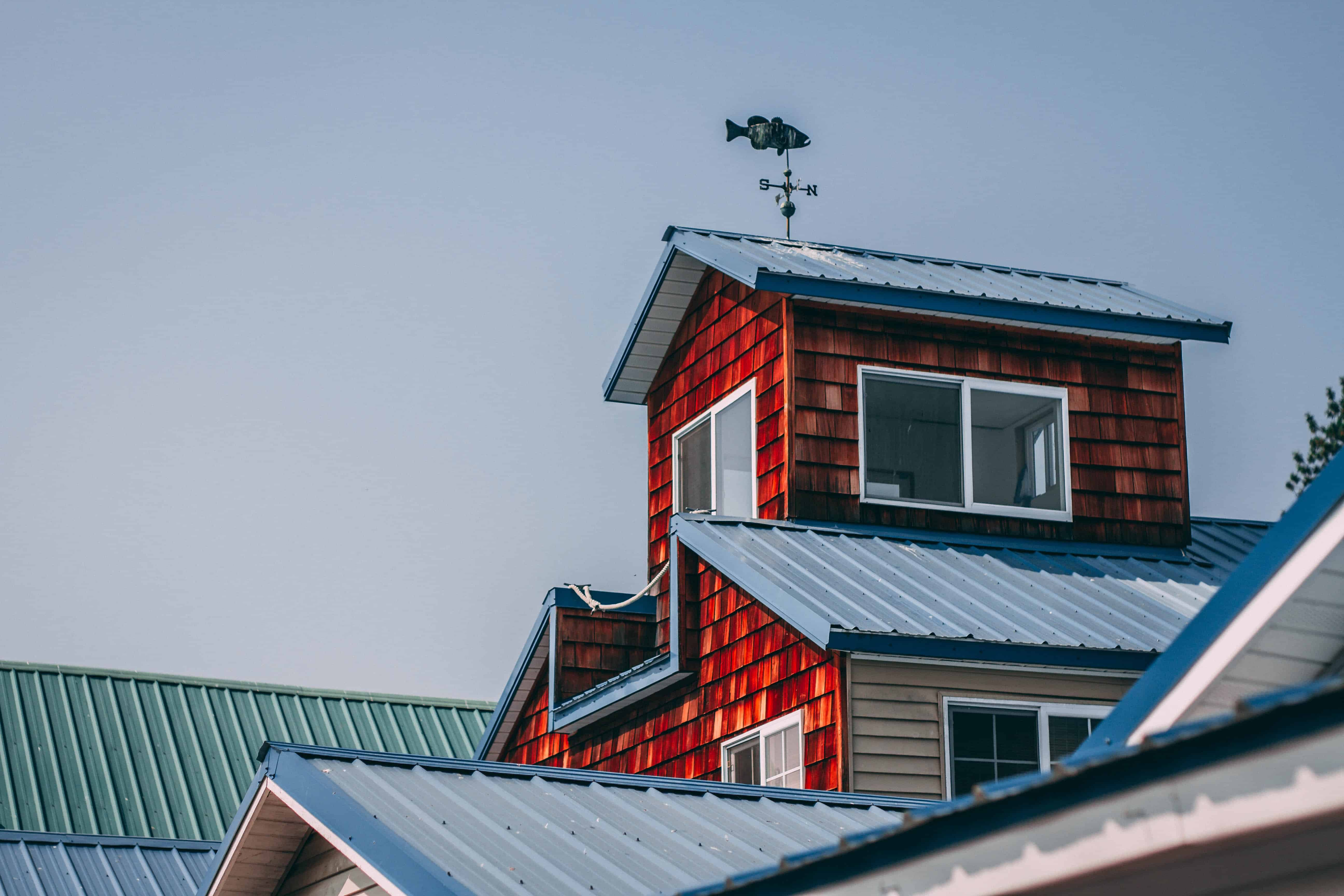 solar panels on a complicated roof can still work